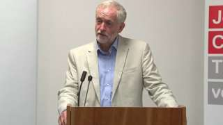 Jeremy Corbyn pledges to 'renationalise' the NHS
