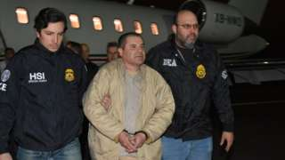 El Chapo: Drug lord Joaquin Guzman extradited from Mexico to US