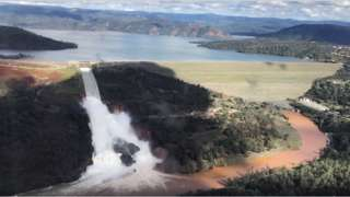 Oroville Dam risk: Thousands ordered to evacuate homes