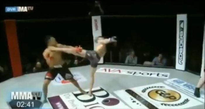 WATCH: MMA fighter knocked out after showboating during amateur event in England – New York Daily News