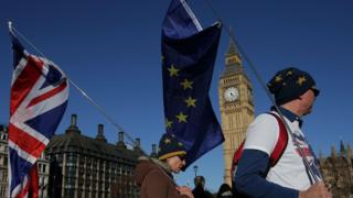 Brexit committee warns of impact of no deal being reached