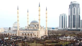 Chechnya anti-gay violence: Newspaper fears 'retribution' for reports