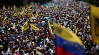 Venezuela crisis: Teenager and woman shot dead at anti-government protests