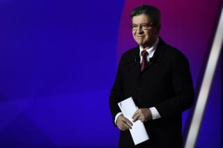 French election: Candidates make final TV pitch