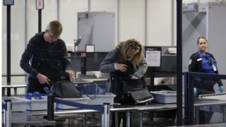 LA airport failed to spot gun in hand luggage