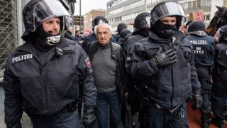 German riot police deployed for anti-Islam AfD conference in Cologne