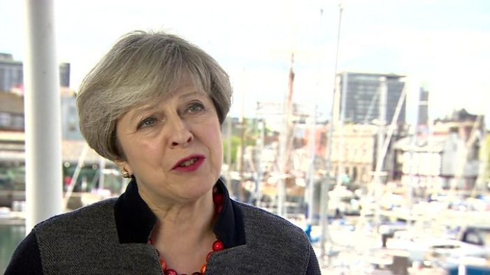 Brexit: Theresa May says she'll be 'bloody difficult' to Juncker